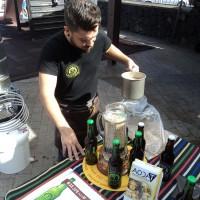 Cerveza artesanal en el Mercadillo de Tegueste