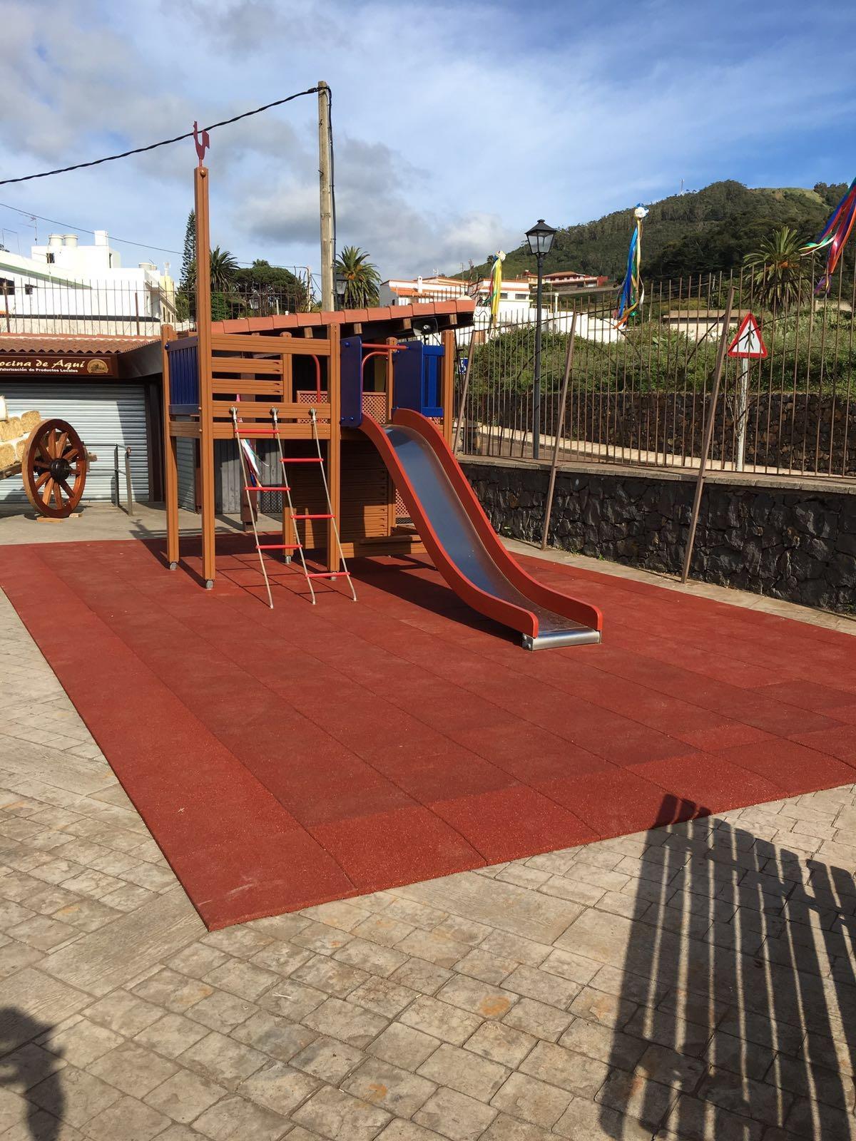 Parque infantil Mercado del Agricultor de Tegueste